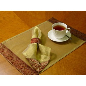 Maroon and Gold Tissue Place Mats