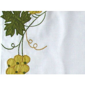 Grapes Embroidered Place Mat