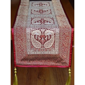 Maroon Benarasi Table Runner